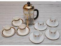 GOLD COLOURED PYREX CAFE OLE CAFETIERE WITH 2 SETS OF ESPRESSO CUPS AND SAUCERS