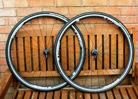 Giant Pr2 Wheelset. 10/11-Speed Shimano compatible