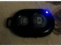 Bluetooth Android/iOS photo remote, shutter button. Full working order.