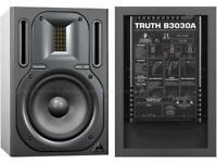 Behringer Truth B3030A active studio monitors speakers