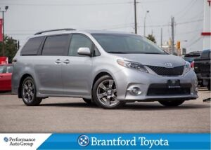 2017 Toyota Sienna SE, Power Sunroof, DVD/ Blueray, Navigation