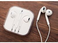 NEW APPLE EARPHONES £5