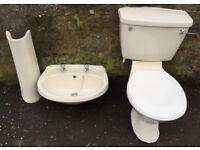Doulton Bathroom Pedestal Sink & Toilet Set (Champagne)