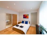 Spacious 2 bedroom, 2 bathroom flat on Brunswick Street West. MUST SEE!