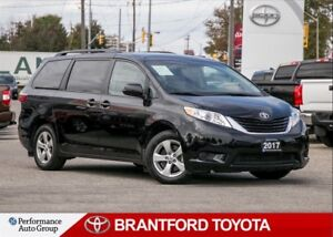 2017 Toyota Sienna LE 8 Pass, Power Sliding Doors, BU Camera