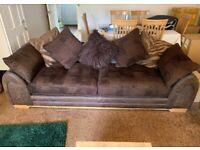 4 seater sofa. QUICK SALE