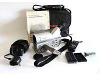 Canon V40Hi Hi 8 8mm Video Camcorder