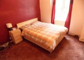 Rent Double Room Address: Topham Square, Wood Green N17