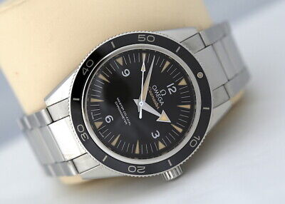 Omega Seamaster 300m Master Co-Axial Chronometer Automatic Watch (2015)