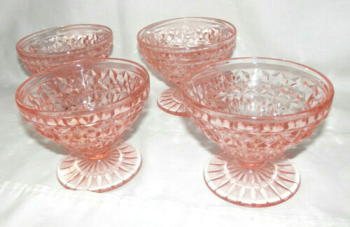 VINTAGE PINK DEPRESSION GLASS FOOTED SHERBERT DISHES 4 EACH BUTTONS & BOWS