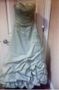 Beautiful Grad Dress for sale
