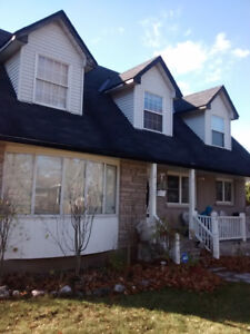 All Female Home in North End St. Catharines, 2 ROOMS FOR RENT