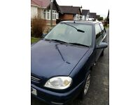Citroen saxo 1.1 year 2001 .. 3 doors electric windows airbag stereo, in very good condition