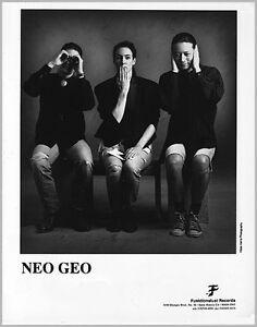 "NEO GEO PRESS PHOTO BOLD TALK FOR A ONE EYED FAT MAN B&W 8""x10"""