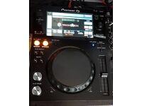 Pioneer xdj-700 pair and koss pad mixer not cdj