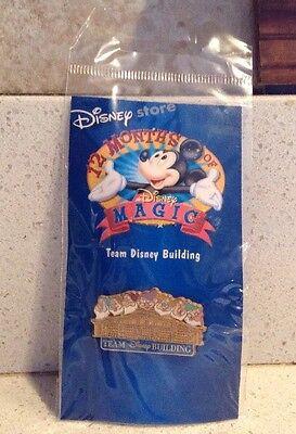 Disney Building Team Pin 12 Months of Magic Disney Store NEW Seven Dwarfs Dopey