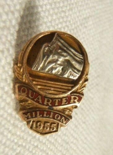 VINTAGE 10K GOLD LAPEL PIN INSURANCE PRUDENTIAL ROCK 1955