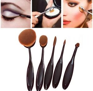 Brand new professional 5 piece oval brush makeup set.  Kitchener / Waterloo Kitchener Area image 6