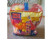 MEGA BLOCKS: 80 Maxi Blocks