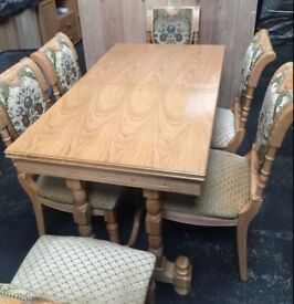 Oak extendable dining table and 6 chairs. FREE delivery in Derby