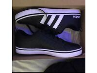 Mens adidas trainers size 7