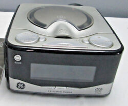 GE Dual Alarm stereo CD Clock Radio Am FM 7-4801A  lCD Display Works Great