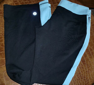 Blue and Black  LuLulemon size 12 pants, great condition  fits