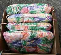 4 Cushions chair in maint condition for sale