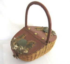 ANCIEN PANIER CUIR/OSIER..DECORATION COQUILLAGES...