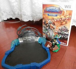 SKYLANDERS SUPERCHARGERS Wii, Portal, Character and Game.