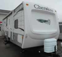 TRAVEL TRAILER,CHEROKEE,31 U,MONCTON