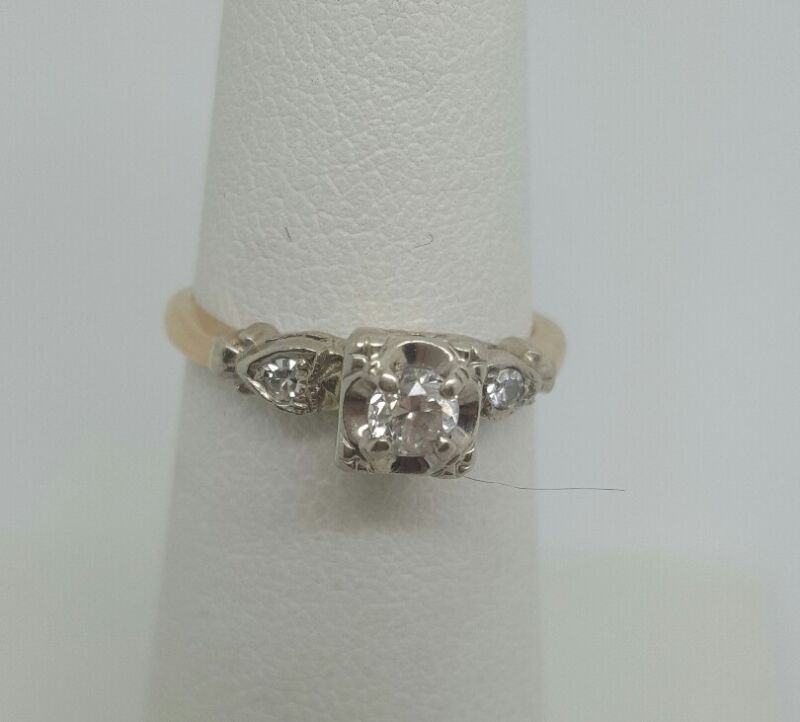 ANTIQUE ESTATE 14K YELLOW AND WHITE GOLD DIAMOND  RING SIZE 5.25