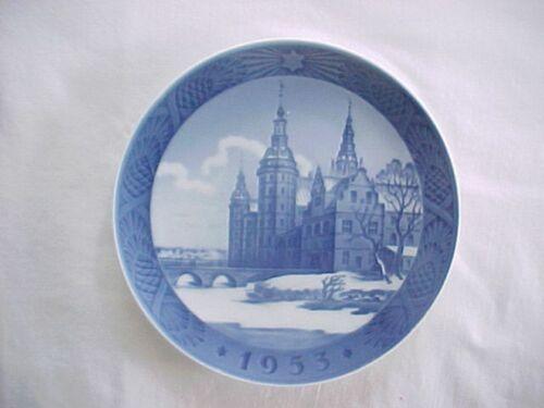 1953 Royal Copenhagen Denmark Annual Christmas Plate