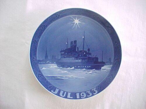 1933 Royal Copenhagen Denmark Annual Christmas Plate