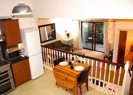 Lovely 2 bed in Clapham just off Clapham High Street, 3 minutes from the underground