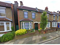 ** 3 Bedroom Terraced House To Rent In Enfield **