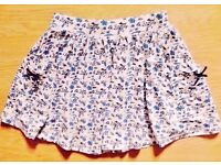 New Child Girl's White & Blue Floral Pattern Gathered Summer Skirt.Age 2-3 Years.