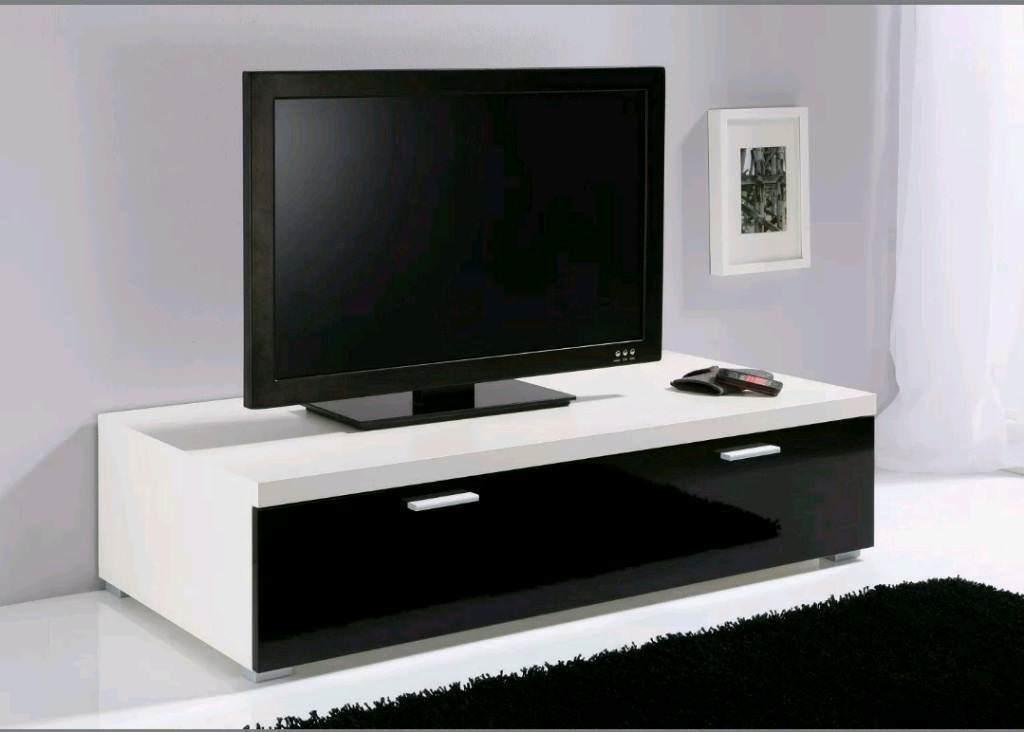Ikea Blackwhite High Gloss Tv Unit In Bedford Bedfordshire Gumtree