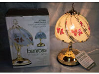 """Touch Lamp. 11"""" benross 4 phase touch control"""