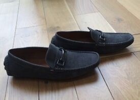 Mens Casual Grey Mocassins/Loafers - Size UK 6 - EU 39- BRAND NEW/NEVER WORN - £17