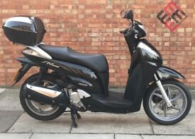 Honda SH300, 1 Owner! Mint condition! only 2043 miles!