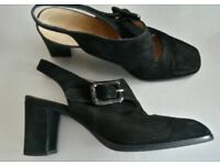 Lovely HOBBS Black Suede Shoes Leather Soles Made In Italy Size 4 (37) Very Good Condition