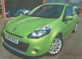 1.1l petrol Renault Clio Tom Tom Edition + Sat Nav in a rare Apple green