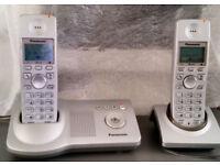 Panasonic cordless answer phone duo. KX-TG2712