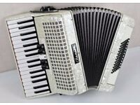 Chanson 72 Bass Accordion - 3 Voice - White Pearl - Excellent Condition