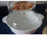 Casserole dish with lid 4.5L white Arcoflam
