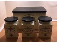 'Cooks Traditional' kitchen storage set