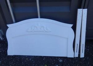 TWIN SIZE WOOD HEADBOARD - SHABBY CHIC  WHITE - Wooden rails elevate WHITE Nice design Girls Room A1 Quality OFFERS OK