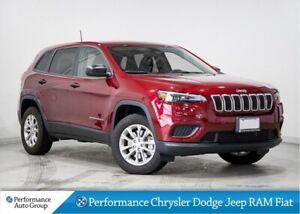 2019 Jeep Cherokee Sport 4x4 * V6 * Apple CarPlay * Demo Unit