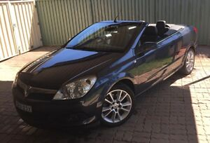 2008 Holden Astra Twin Top Convertible AH Auto Wetherill Park Fairfield Area Preview